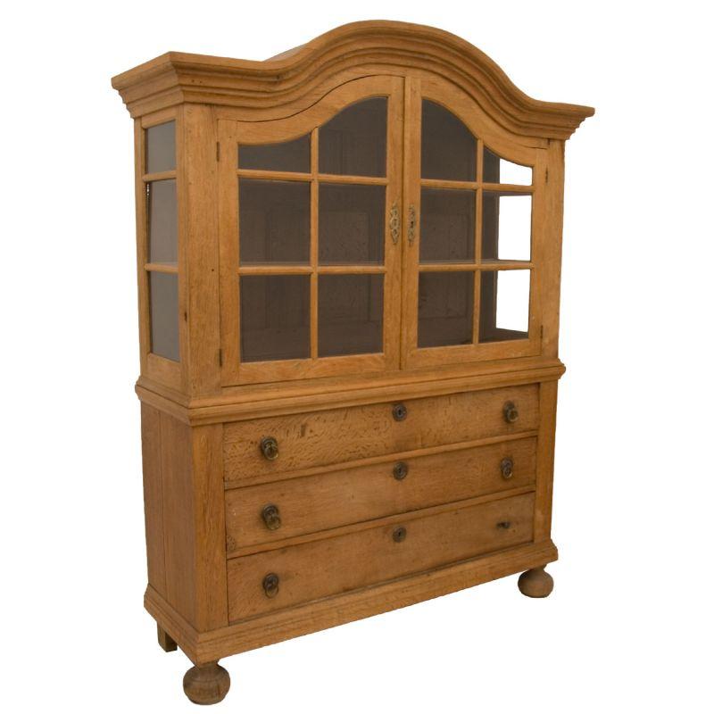 vitrinenschrank antik eiche bestseller shop f r m bel und einrichtungen. Black Bedroom Furniture Sets. Home Design Ideas