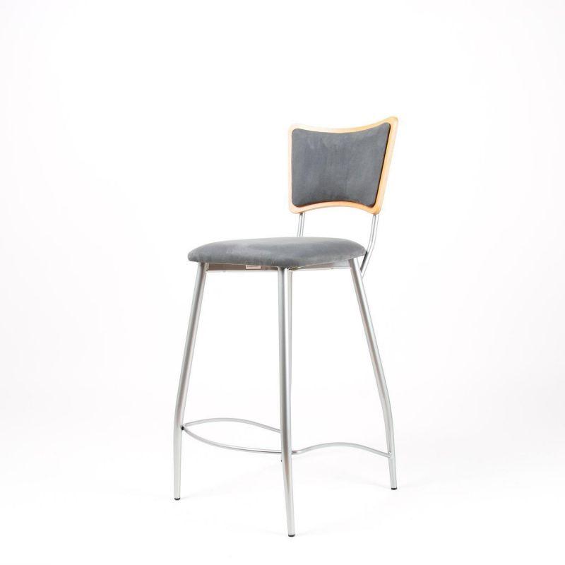 halbhoher barhocker tresenhocker f r die k che sitz und r u. Black Bedroom Furniture Sets. Home Design Ideas